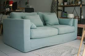 canapé bon plan la fabrique à déco un canapé vert d eau délice de la déco