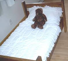 free toddler bed plans click here to see what this toddler bed