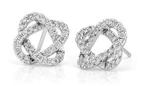 studded earrings guide to choosing the best diamond stud earrings where to buy