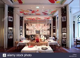restaurant la cuisine royal monceau le restaurant la cuisine conçue par philippe starck dans l hôtel le