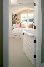 comment aerer une chambre sans fenetre chambre sans fenetre photos de chambre hotel monasterio de san