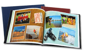 vacation photo albums ways to announce your engagement my big engagement