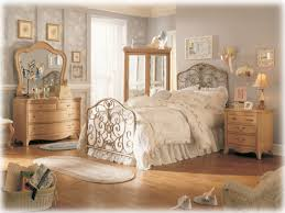 Antique Bedroom Furniture by Elegant Vintage Bedroom Ideas Home Inspirations Impressive Bedroom