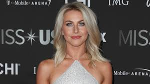 julianne hough thought mooning her fans would be funny u2014 they disagree