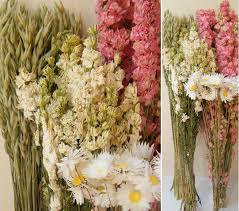 Dried Flower Arrangements Make A Pink Dried Flower Bouquet Dried Flower Crafts