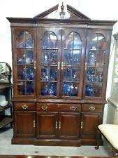 Drexel Heritage China Cabinet Drexel Heritage Cherry China Cabinet Bar Cabinet