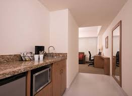 hoteles en guadalajara hampton inn by hilton guadalajara expo