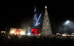 cheshire oaks christmas lights switch on chester chronicle