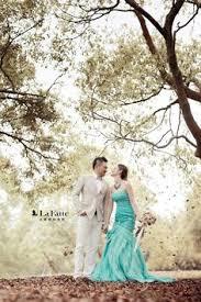 L舖sige Kurzhaarfrisuren by 文定這天 許多新娘都選擇了喜氣的紅色 晚禮服 不僅視覺上搶眼 長輩