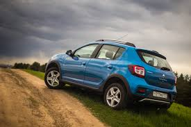 sandero renault stepway тест драйв renault sandero stepway против dongfeng h30 cross