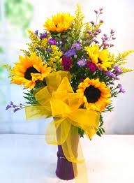 Vase Of Sunflowers Sunflower Spectacular V 1137 Fiesta Flowers Plants U0026 Gifts