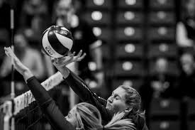 mcmaster thanksgiving classic wvb western vs mcmaster