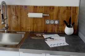 construire sa cuisine en bois meuble cuisine en palette cheap meuble cuisine en palette pour