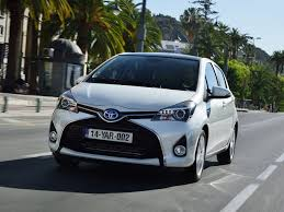 lexus hatchback india toyota yaris india launch date price specifications mileage images