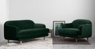 Velvet Chesterfield Sofa Uk by The Fitzgerald Classic Chesterfield Of Iron Oak Green Velvet