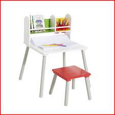 bureau enfant 4 ans bureau enfant 4 ans 339295 bureau avec rangements et tabouret