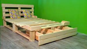 Bed Sofa 40 Diy Pallet Ideas Creative 2017 Cheap Recycled Bed Couch Sofa