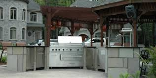 cuisine exterieure en cuisine extérieure terrasses ladouceur paysagiste