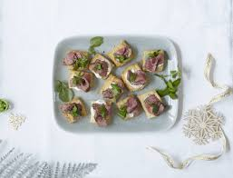 beef canape recipes canapés mini beef wellingtons