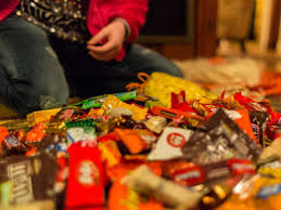 Razor Blades In Halloween Candy Article by Halloween Facts Business Insider