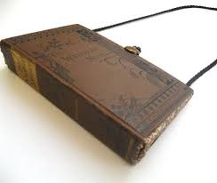 Upcycle Old Books - best 25 diy purse book ideas on pinterest diy recycle old books