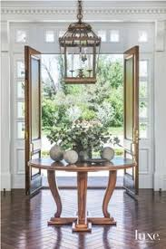 Entry Foyer Table The Connecticut Home Of Juliska Founders David And Capucine