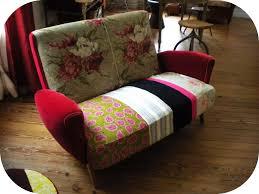 refaire canapé refaire un canapé en tissu