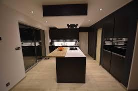 cuisine bois et blanc laqué enchanteur cuisine laquee avec cuisine bois et blanc laque mat