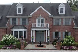 courtyards walks and driveways archives doerler landscapes entry courtyards gracious walkways and paver driveways are all important elements to consider when creating an excellent first impression for your home or