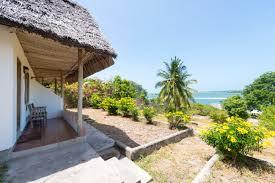 fotograf tonje jakobsen 17 bomani beach bungalows