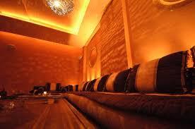 marokkanische sofa bombay lounge handgeschlagene marokkanische tische edle