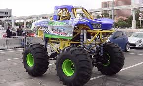 grave digger monster truck videos youtube pinterest carter brothers mini part youtube carter grave digger