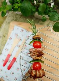 Picnic Decorations Summer Picnic Ideas Skewer Recipes And Diy Decorations