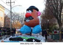 mr potato balloon in the 2005 macy s thanksgiving day parade