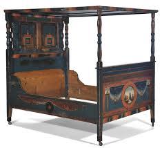 letto a baldacchino antico letto a baldacchino in legno dipinto arte tirolese xix secolo