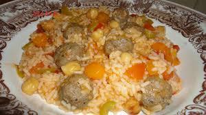 petit plat facile à cuisiner riz aux boulettes et petits legumes cuisine de zika