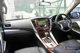 mitsubishi sport interior electronic parking brake mitsubishi pajero sport 2016 autonetmagz