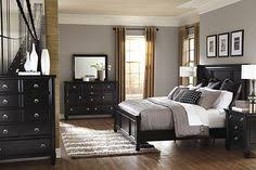 Black Furniture Bedroom Ideas Home Design Ideas - Bedroom ideas black furniture