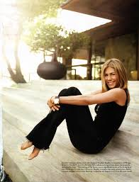 jennifer aniston classic simple casual simple beauty