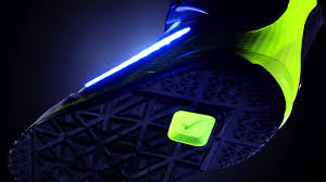 light up snowboard boots nike presents the lunarendor qs boots for snowboarders