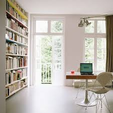Bookshelves Small Spaces by 16 Best Small Spaces Images On Pinterest Small Spaces Dorm Room