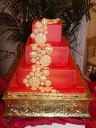 Gold Red Square Wedding Cakes Photos U0026 Pictures Weddingwire Com