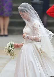 kate middleton wedding dress kate middleton s wedding dress still holds up photos