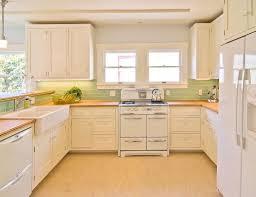 kitchen cabinet glass backsplash tile kitchens white cabinets