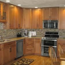 oak cabinets in kitchen decorating ideas oak kitchen cabinets houzz