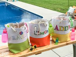 personalized halloween buckets diy personalized pool party gift tote diy show off diy