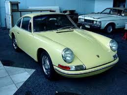 buy 911 porsche buying a vintage 1965 porsche 911 beverly car