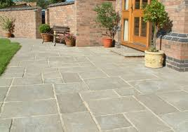 Patio Stone Ideas by Courtyard Paving Old Grey Oakham Pattern Patio Pack House