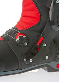 best sport motorcycle boots review sidi vortice boots 299 99 visordown