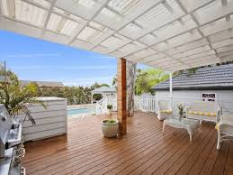 Design Ideas For Suntuf Roofing Traditional Deck With Gazebo Fence Zillow Digs Zillow